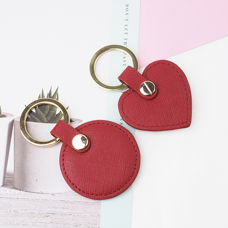 Wholesale handmade heart shape saffiano leather keychain