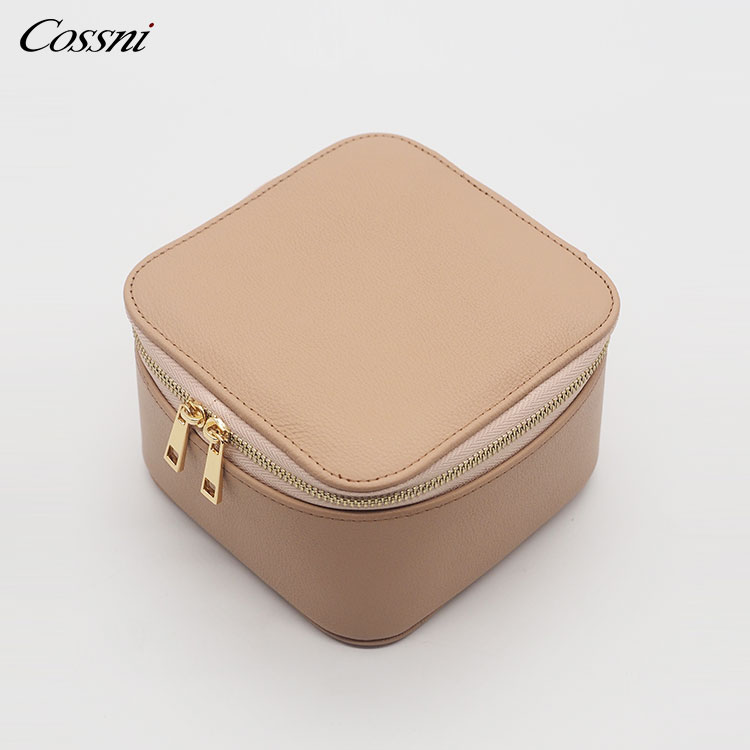 Brown hinh quality Saffiano Leather Jewelry Organizer Case